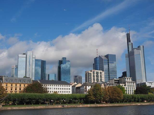 Deutsche Bank Paypal