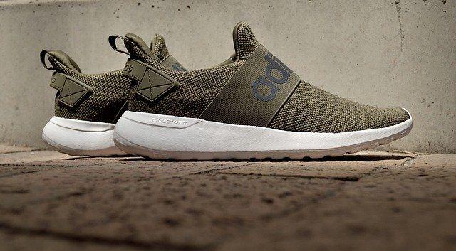 Adidas Aktien
