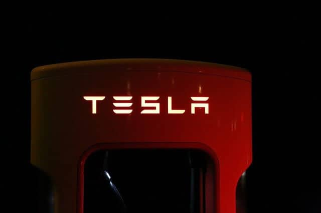 Tesla Aktien Kaufen : tesla aktien konzern bertrifft prognosen trotz corona krise ~ Aude.kayakingforconservation.com Haus und Dekorationen