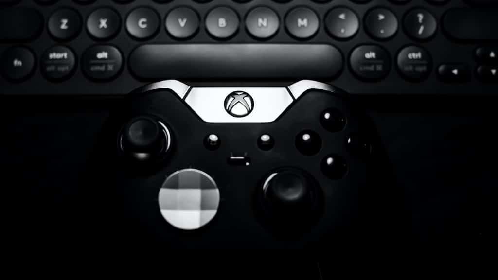 black Xbox One controller