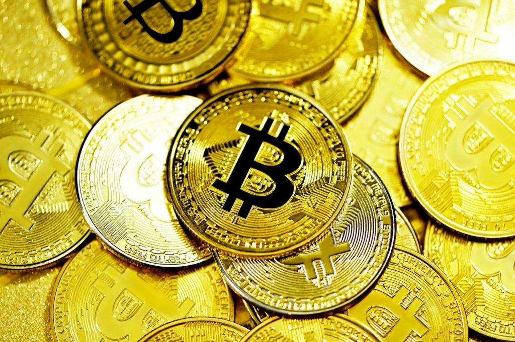 Bitcoin knackt $50k! Top-Analyst rechnet bald mit massiver Preis-Explosion – auch bei Altcoins